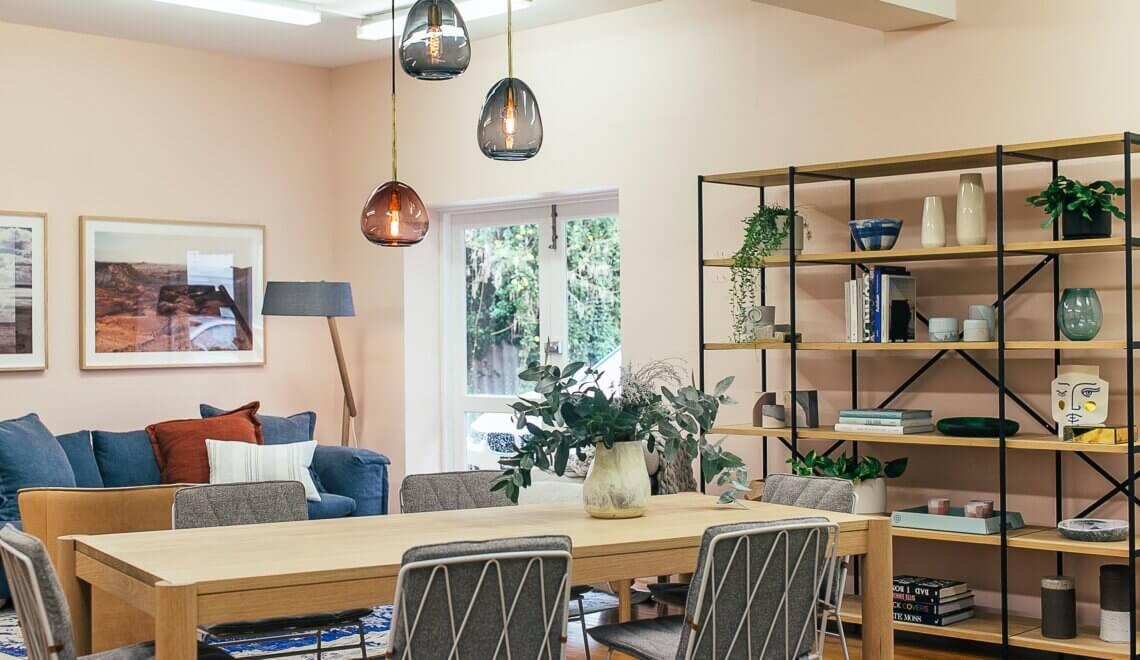 Decorando a sala pequena – dá para reusar itens?